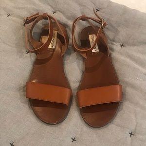 Size 8 Steve Madden sandals